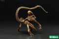 Alien-3-Koto-Dog-Alien-Statue-008.jpg