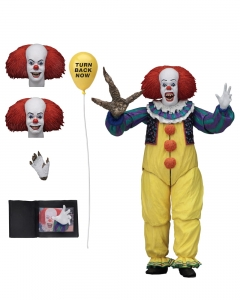 IT 1990: Ultimate Pennywise Version 2 7 inch Action Figure