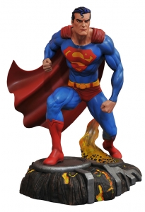 DC Comic Gallery Superman PVC Diorama