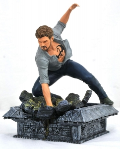 Marvel Gallery: Netflix Defenders Iron Fist PVC Figure